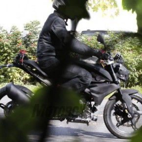 [バイク] BMWがインドTVS製300cc単気筒ネイキッド「K03」をテスト走行🍛