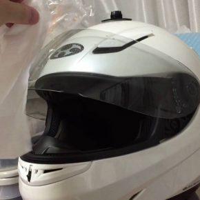 汗で湿ったバイクのヘルメットを乾かすには?