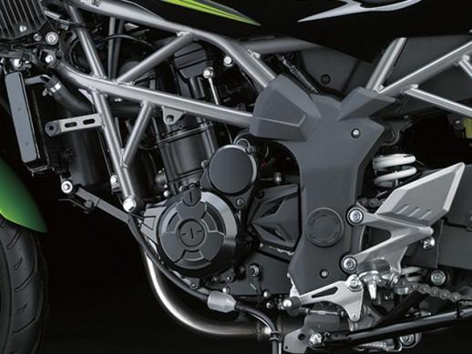 Kawasaki Z250SL 17