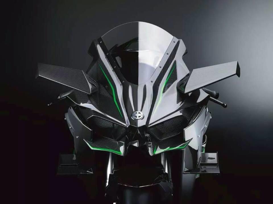Kawasaki NinjaH2 01