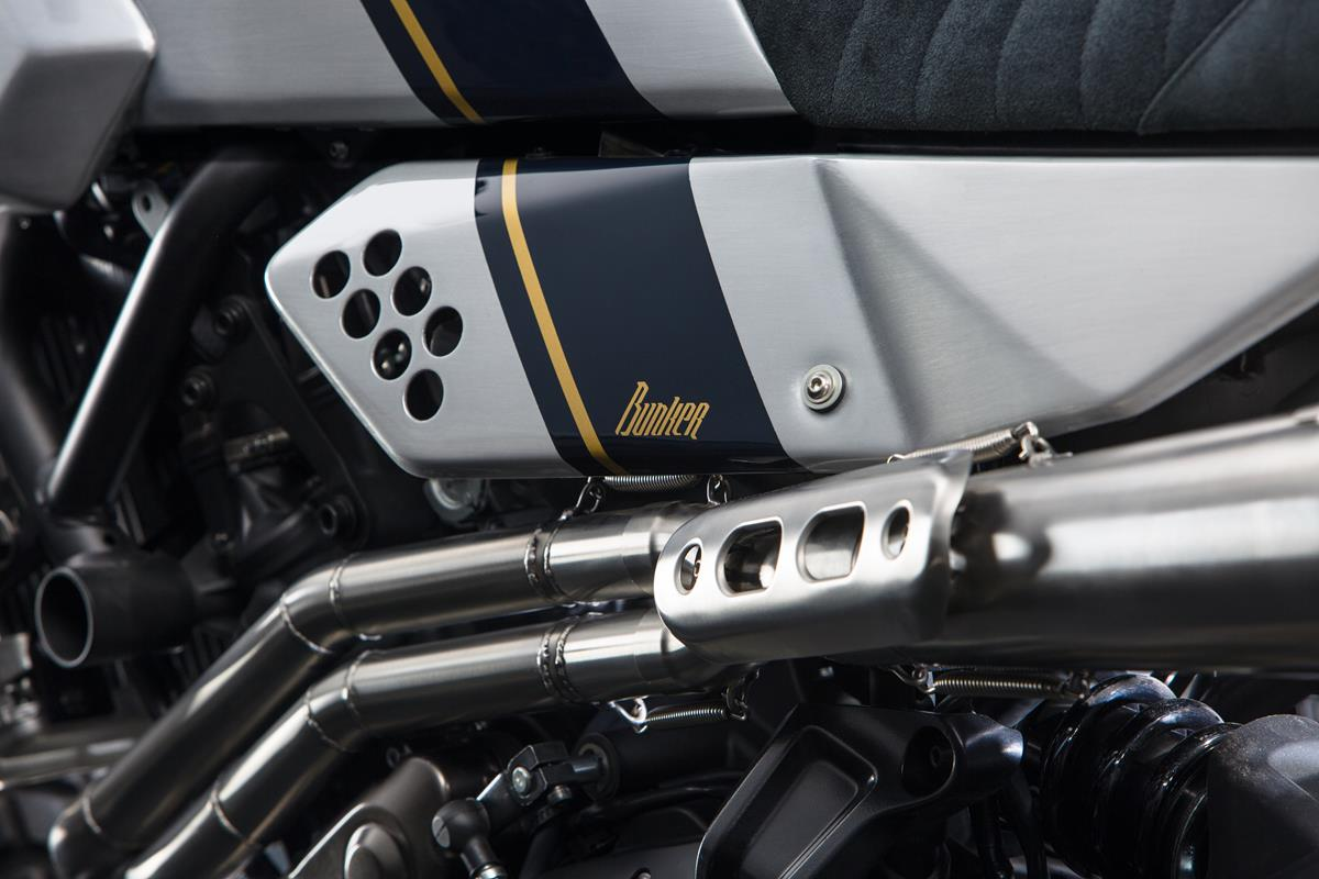 Yamaha XSR700Bunker 04