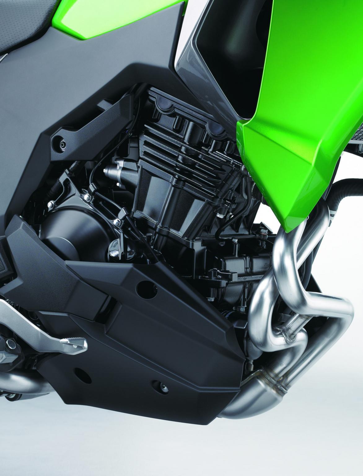Kawasaki VersysX300 12