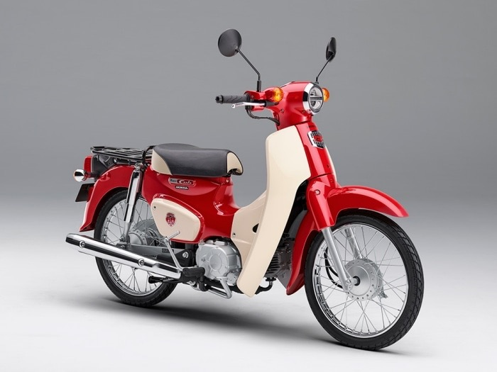 60周年モデルの赤カブ110/50が期間限定受注販売