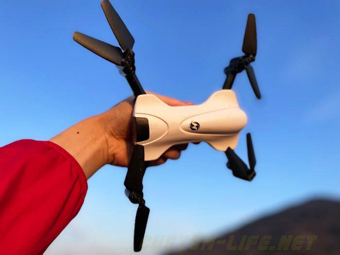 "<span class=""title"">200g以下のお手頃ドローン!HolyStone HS165-2Kの飛行・撮影テスト</span>"
